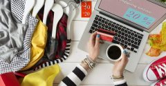 Exactly Why Is Online Clothes Shopping Becoming Very Popular?